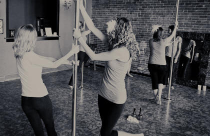 hen party pole dancing classes